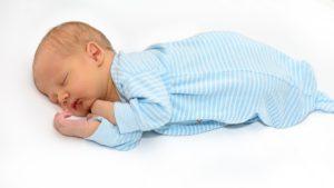 ריפלוקס אצל תינוקות | שביט שחם - שפת התינוקות דנסטן®
